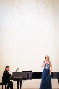 M.Pleškytė ir A. Eitmanavičiūtė, M.Schneider-Trnavsky laureatų koncerte